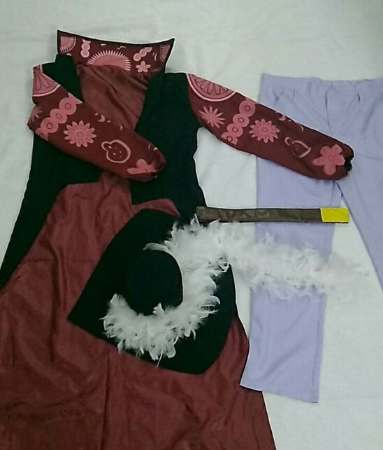 One Piece Mihawk Cosplay Outfit for Sale